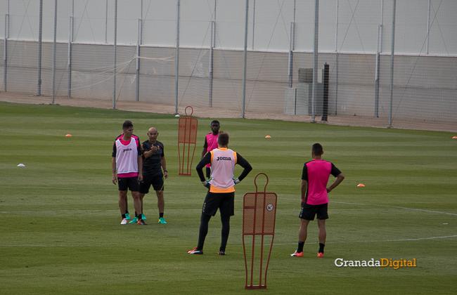 Primer entrenamiento Paco Jémez Granada CF Tito Boga ciudad deportiva-21