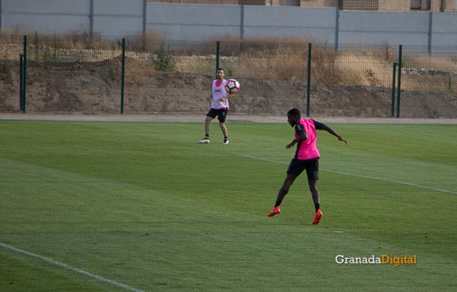Primer entrenamiento Paco Jémez Granada CF Tito Boga ciudad deportiva-9