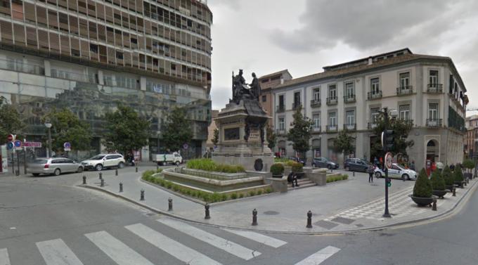 plaza isbael la catolica