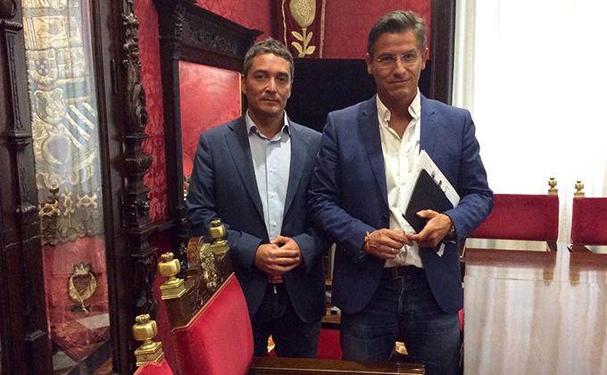 Manuel Olivares y Luis Salvador, tras la rueda de prensa