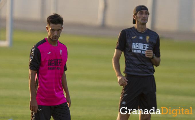 primer entrenamiento de Alberto Bueno como jugador del Granada CF Antonio L Juarez (5)