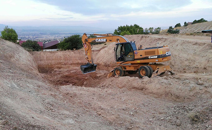 fosa-lorca-grua-excavacion-alfacar