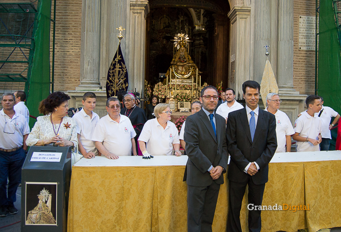 Ofrenda Floral Virgen de las Angustias 2016-31