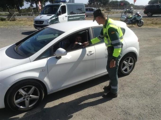 carretera-coche-delito-dgt