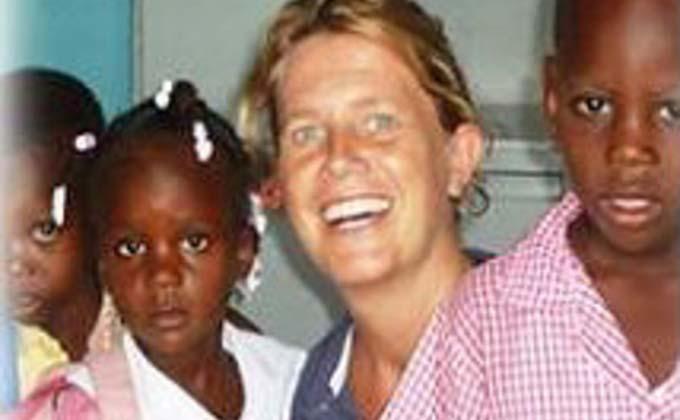 isabel-sola-monja-asesinada-en-haiti-1472856499558