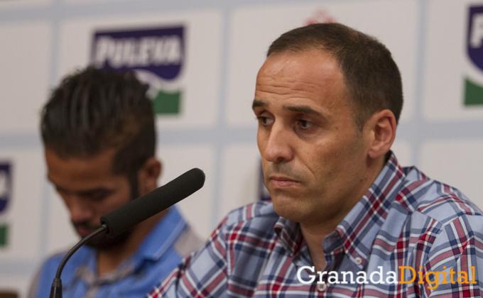 PIRU - presentacion de Carcela y bueno  como nuevo jugador del Granada