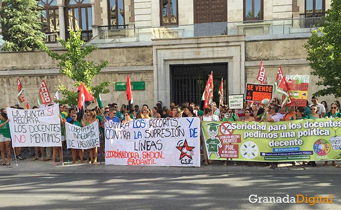 protesta-docentes-educacion-granada