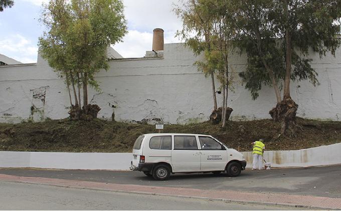 trabajo-de-pintado-exterior-cementerio-almunecar