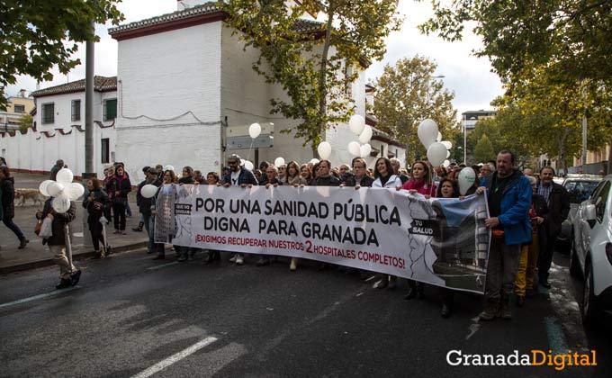 manifestacion por dos hospitales completos
