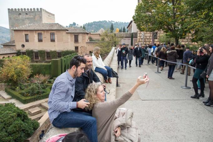 puertas-abiertas-alhambra-turistas