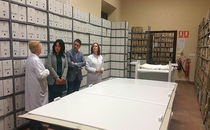 ciudadanos-visita-archivo