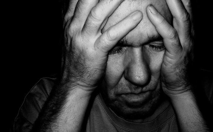 hepatitis-dolor-de-cabeza ictus