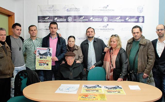 Foto de familia de la presentación del partido homenaje a Wilder Barcos