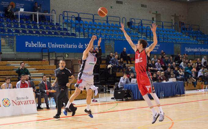 Baloncesto. Basket Navarra Covirán Granada. Pabellón UPNA. Pamplona