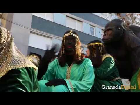 Los-Reyes-Magos-ya-están-desfilando-por-las-calles-de-Granada