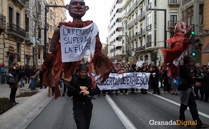 Manifestación-a-favor-titiritieros-Gran-Vía-9