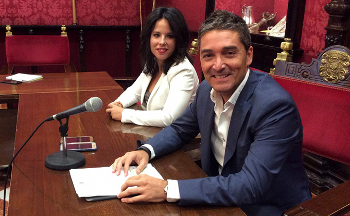 Manuel Olivares y Lorena Rodríguez