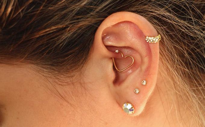 migraña Daith piercing