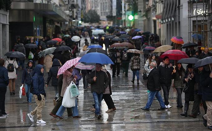 lluvia-paraguas-frio-invierno