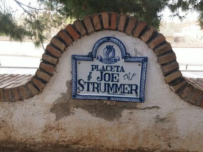 placeta-joe-strummer