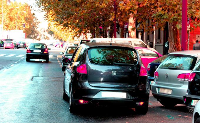 coches-doble-fila