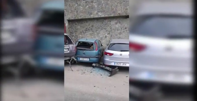 coches-sierra-nevada-accidente-ruina-reventados