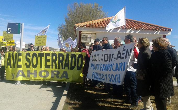protesta-aislamiento-ferroviario-moreda