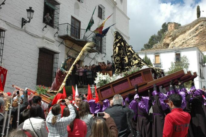 procesion-los-recaicos-montefrio