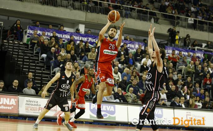 Carlos-Cobos-Fundacion CB Granada - Kia Sakimovil Basket Navarra