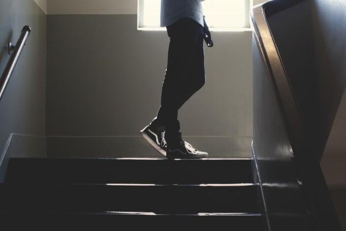 subir-bajar-escaleras