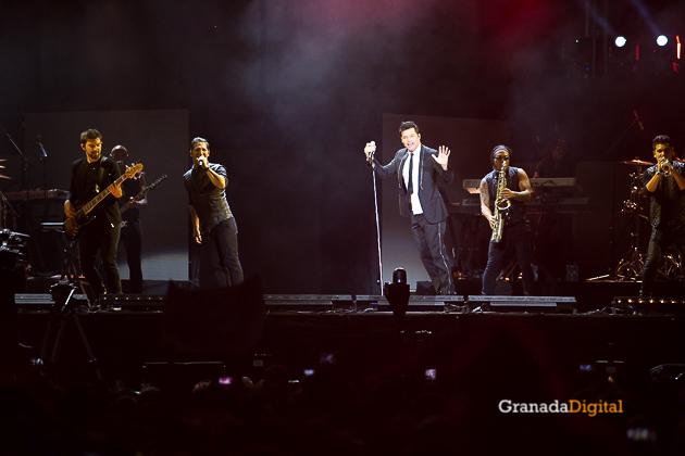 Concierto Ricky Martin Plaza Toros Granada-30