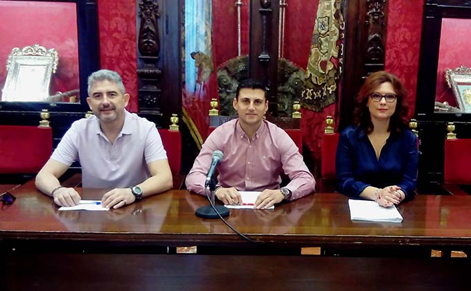 José Luis Pedregosa Rafael Caracuel y María del Mar Sánchez en rueda de prensa 1