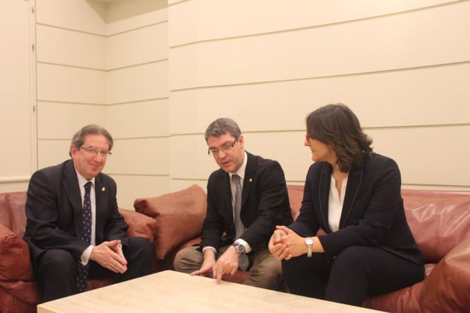 Senadores PP con ministro de Energía