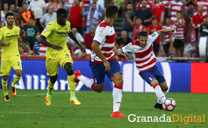 tito-durante-el-Granada-CF-Villareal-cf-J1.-Antonio-L-Juarez