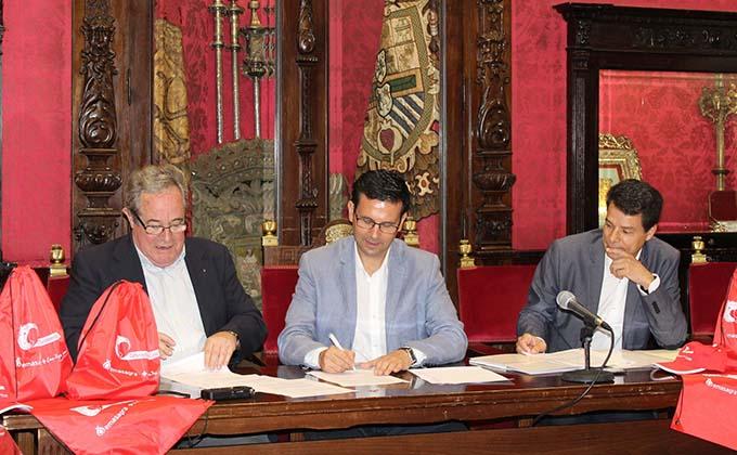 Convenio Emasagra Cruz Roja Paco Cuenca