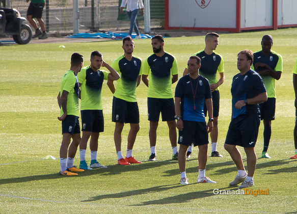 Granada CF pretemporada 2017 primer entreno-11 oltra