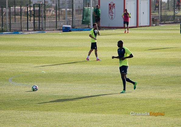 Granada CF pretemporada 2017 primer entreno-16 adrian ramos