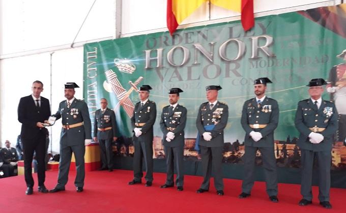 061 Tricornio de Gala 2017 de la Guardia Civil