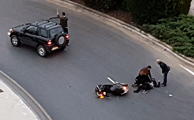 Accidente moto avenida Carlos V