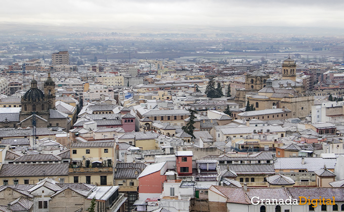 Primera nevada del año en Granada 08