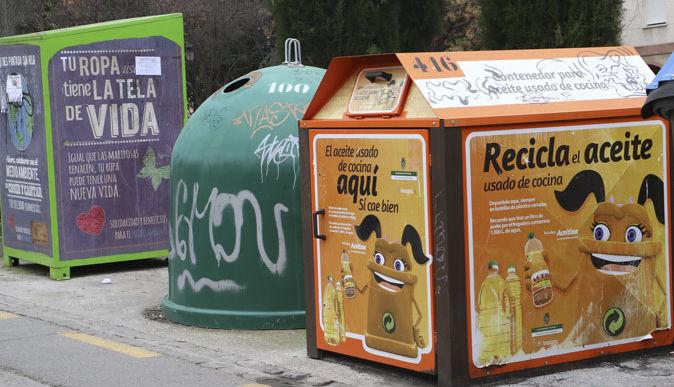 Los granadinos piden mayor información para poder seguir reciclando