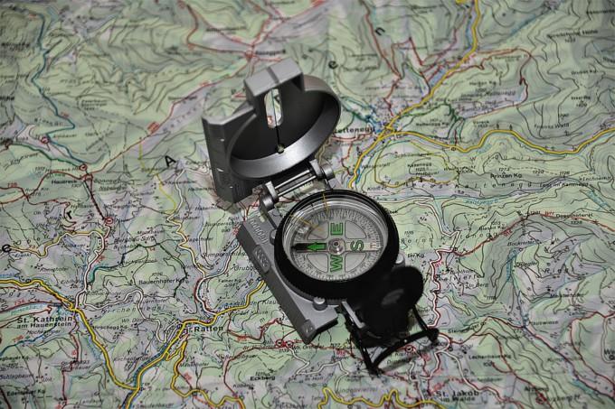 brújula-orientación-pixabay