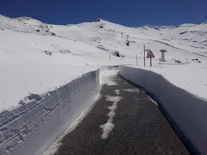 carril-hoya-de-la-mora-nieve