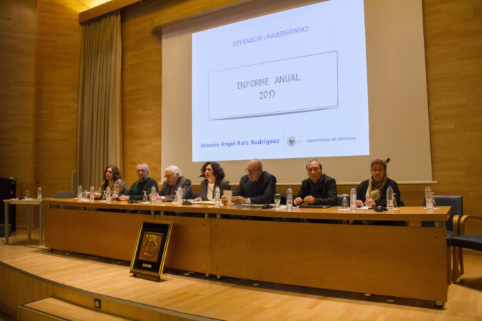 defensor-universitario-informe-anual-UGR
