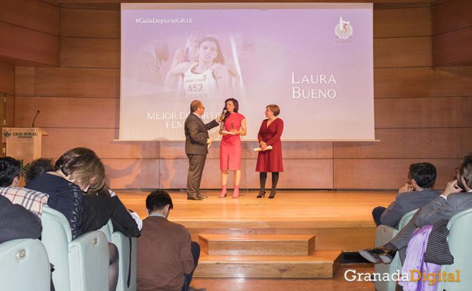 laura bueno - gala deporte - caja rural - premiada