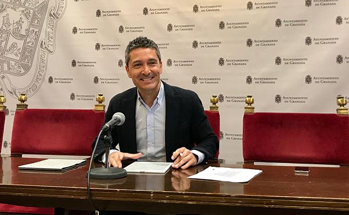 El portavoz del grupo municipal de Ciudadanos en el Ayuntamiento de Granada, Manuel Olivares