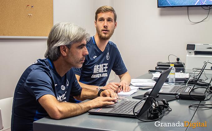 Entrenador Granada CF (16)
