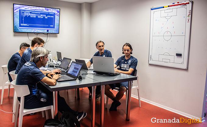 Entrenador Granada CF (20)