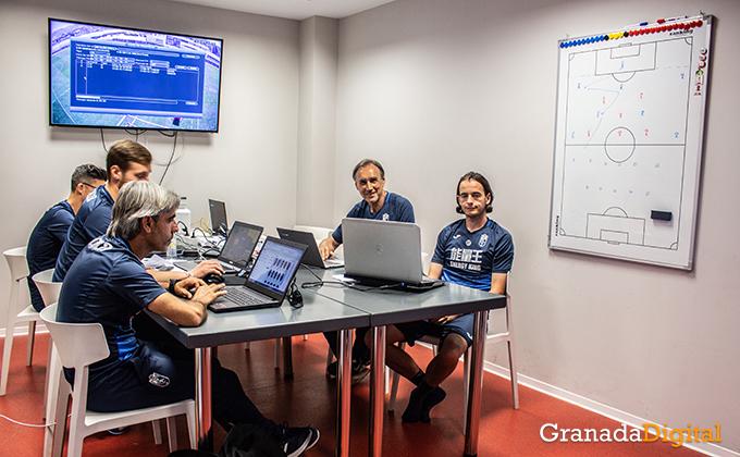 Entrenador Granada CF (21)