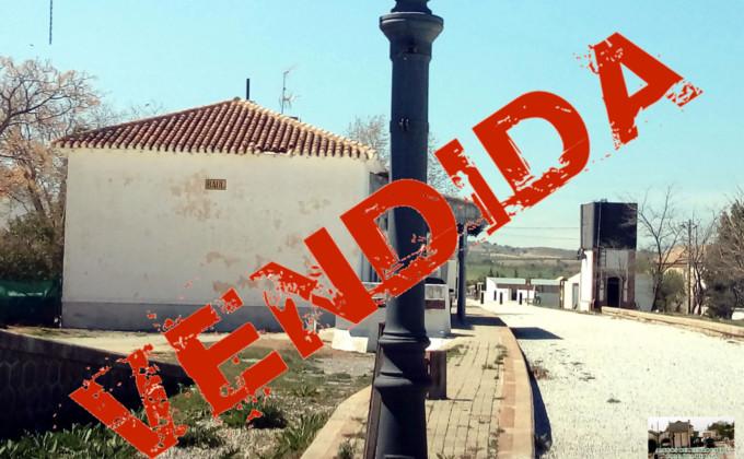 Campaña Sin Tren esta tierra está vendida Antigua estación del Baúl AAF Comarca de Baza (1)